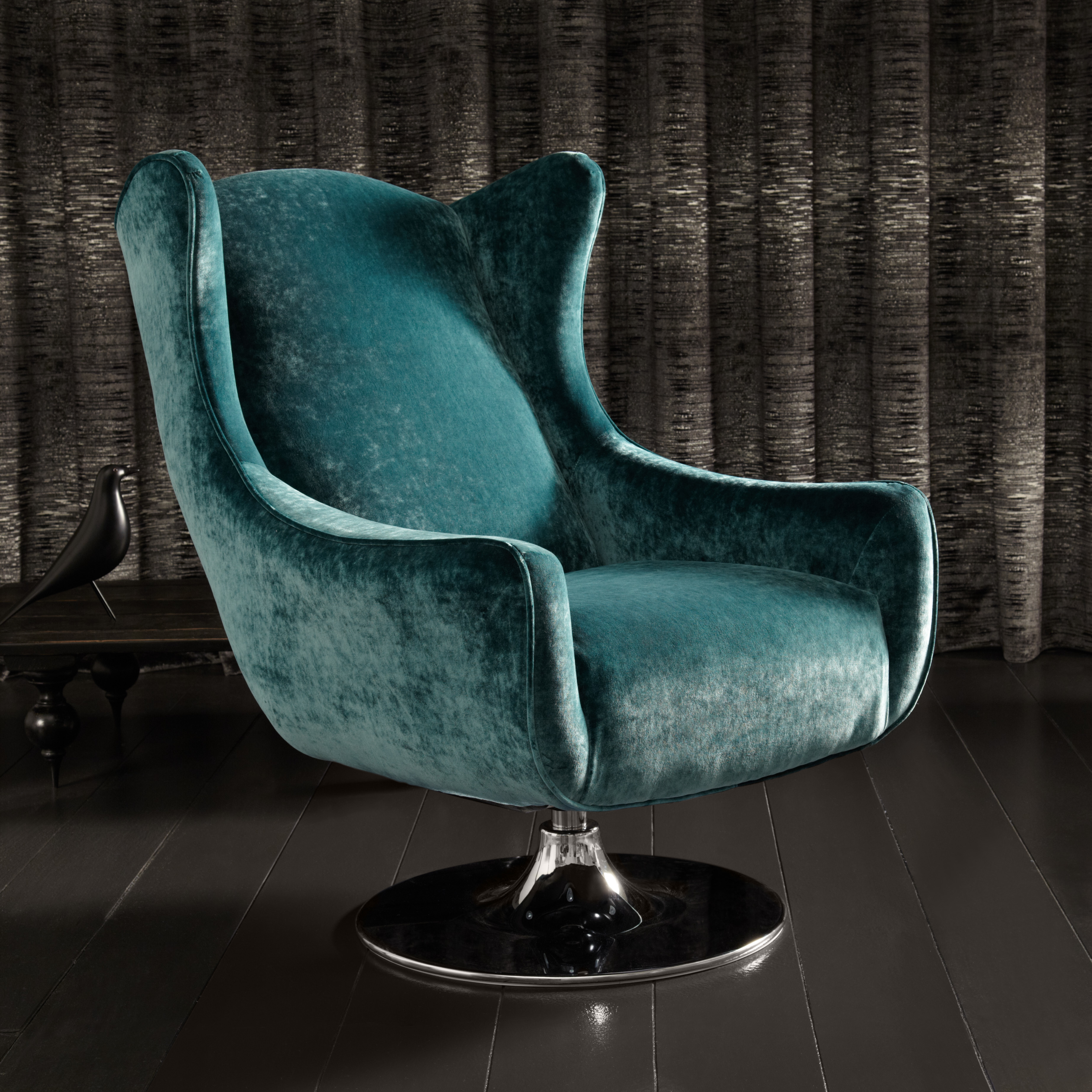 Etonnant Space Swivel Wing Chair