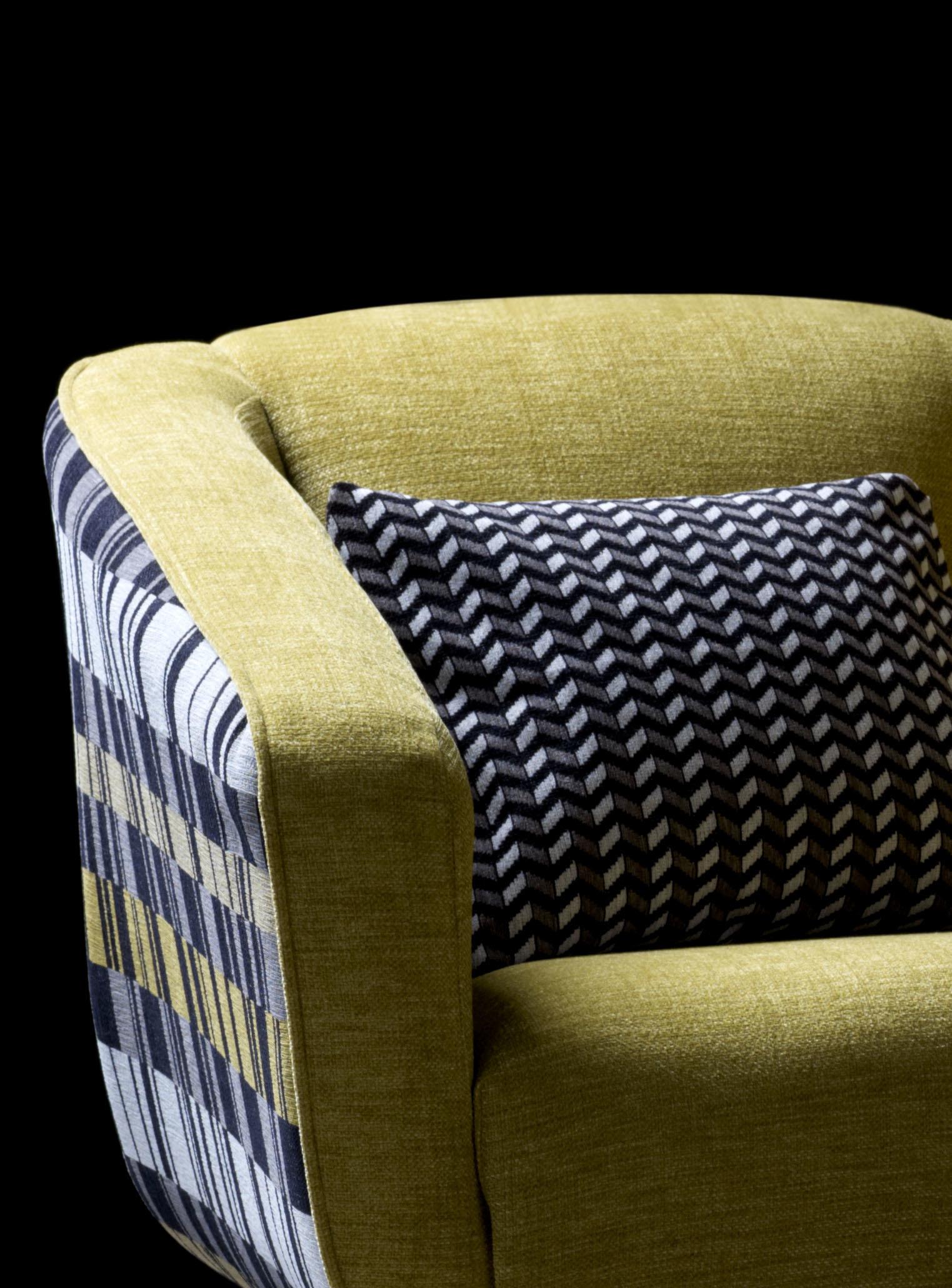 Geometry Marco Rhombus Chair1