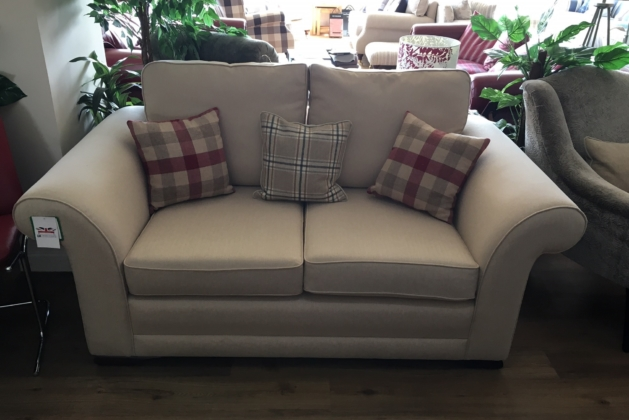 Poppy Small Sofa