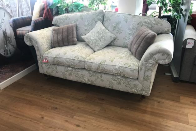 Lincoln Sofa Stock